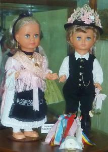 Kirchweih-Paar in der Lenauheimer Tracht