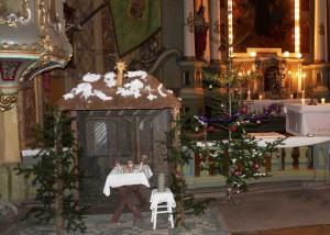 Die Krippe vor dem Altar in Lenauheim