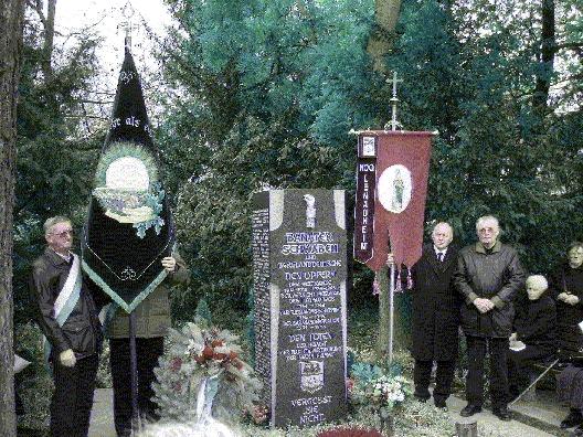 Totengedenkfeier auf dem Mannheimer Hauptfriedhof 2003
